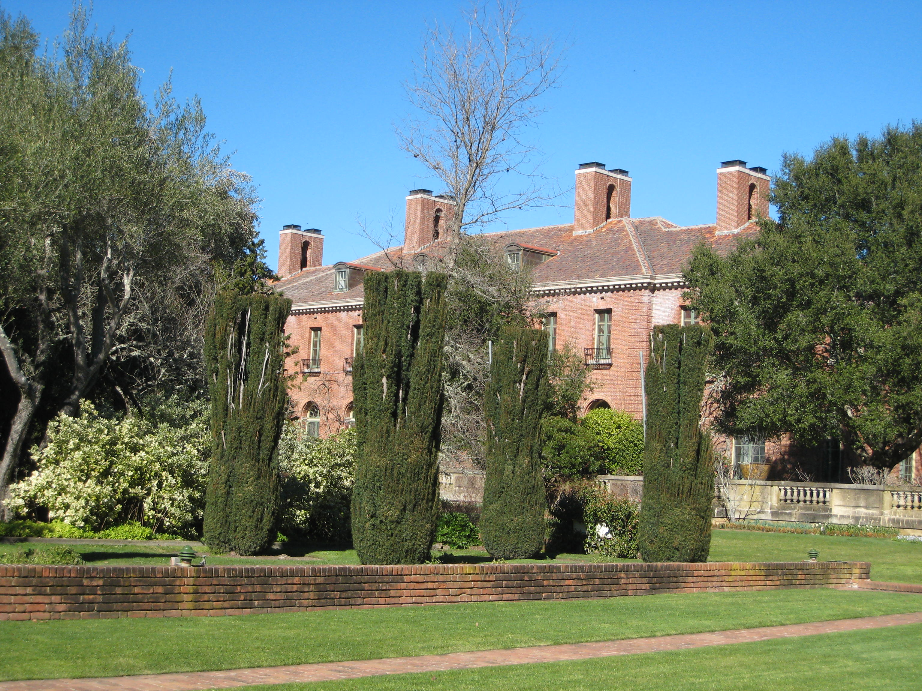 Glimpses of a Golden Age at Filoli - Traveling With Sweeney