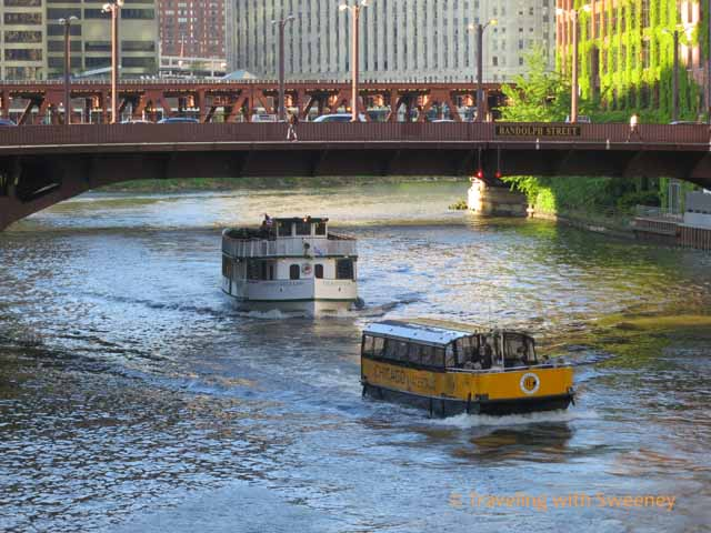 Tour Boat and Water Taxi on Chicago River