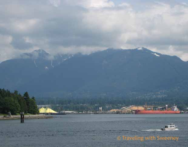 Vancouver Views of mountains and boats at Coal Harbour