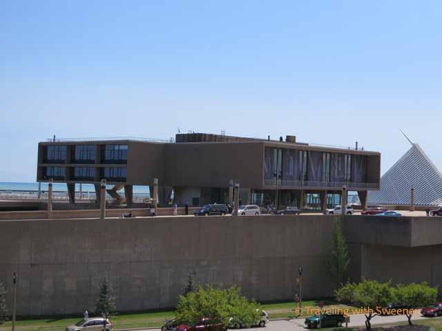 War Memorial Center, Milwaukee Art Museum