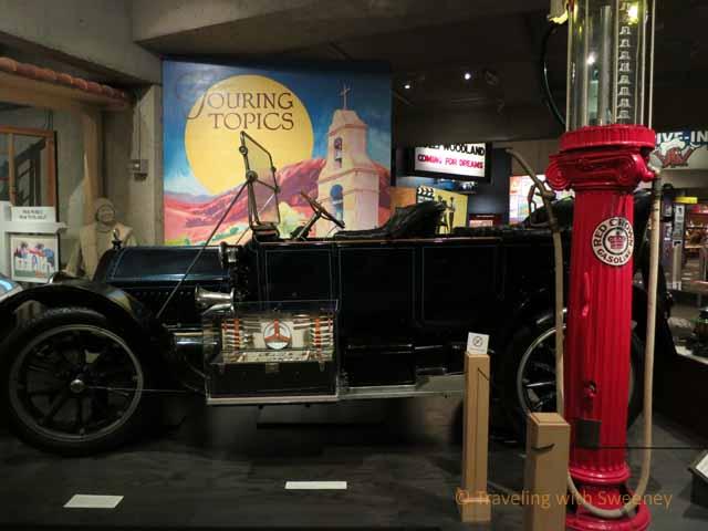 """1913 Cadillac touring car"""