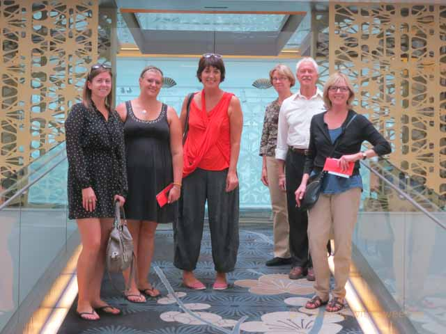 """""""Faces and Places: Context Travel Tour Group in Barcelona"""""""