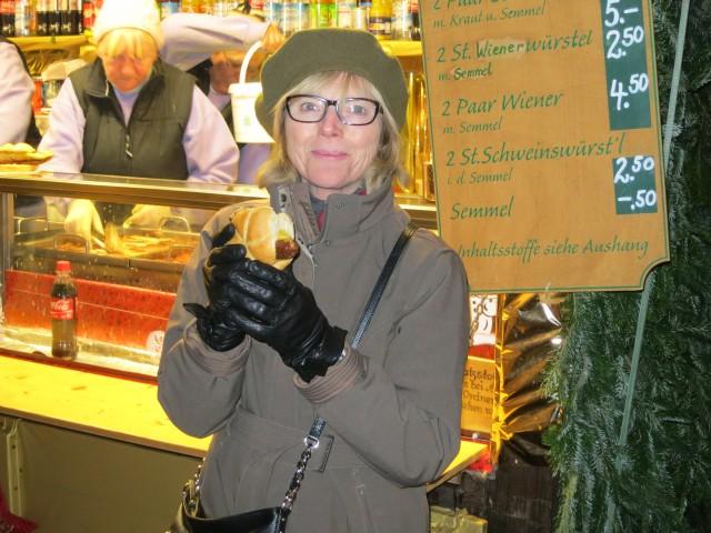 """Bratwurst sandwich at Marienplatz Christmas Market"""