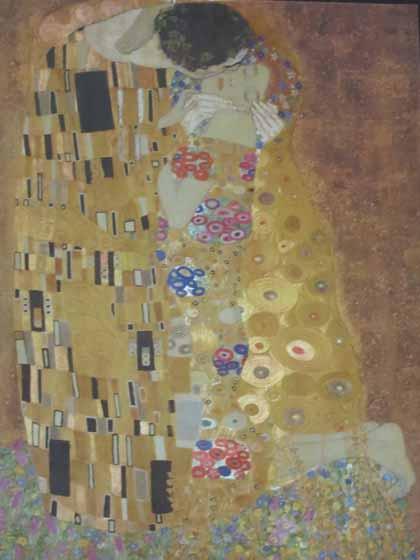 """Photo of puzzle box -- Gustav Klimt's The Kiss"""