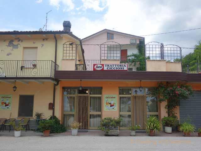 """""""Trattoria Ciccioni specializes in Emilia-Romagna funghi dishes in Pereto, Italy"""""""