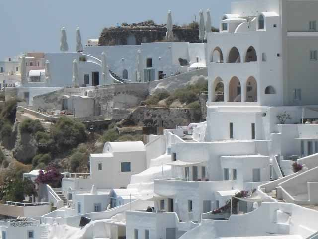 """Lovely architecture in Oia, Santorini"""