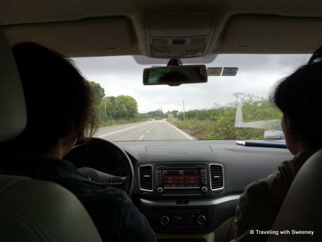 """Alessandra Catania and Alicia Bea on the road in Romagna"""
