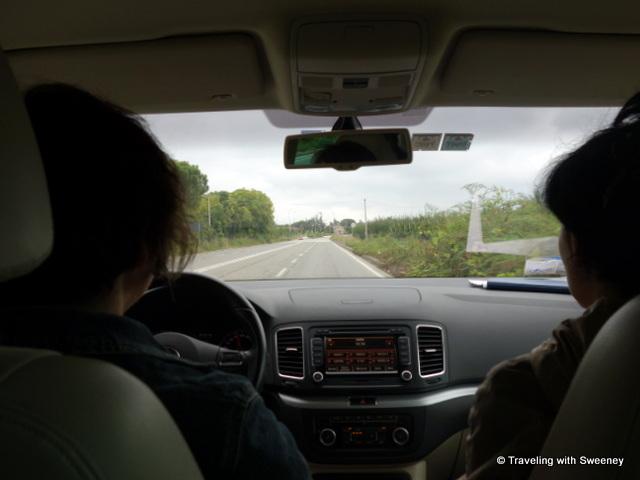 """Alessandra Catania and Alicia Bea on the road in Romagna"""
