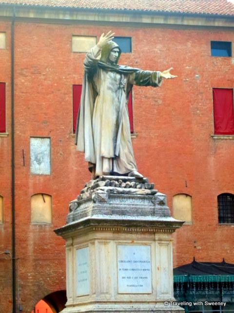 """Statue of Girolamo Savonarola, Castello Estense in Ferrara, Italy"""