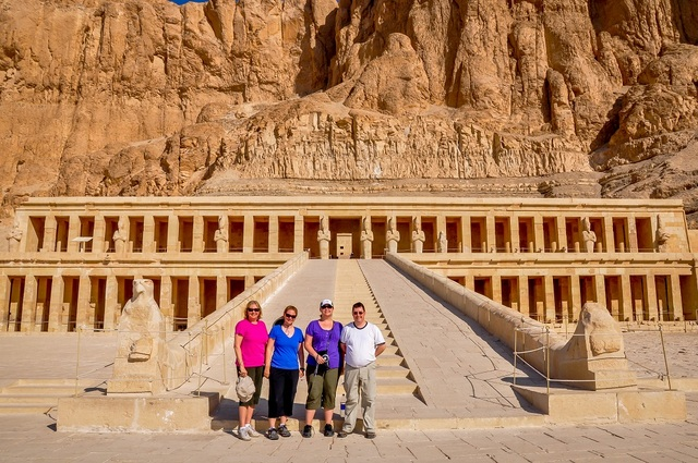 """Laura Longwell of Travel Addicts with her mom at the Temple of Hatshepsut in Egypt"""