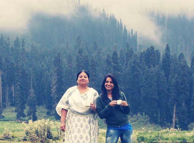 Shraddha Gupta and mother