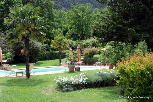 The pool at La Fattoria
