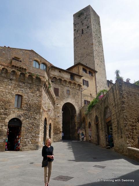 Arco dei Becci e Cugnanesi and Torre Becci