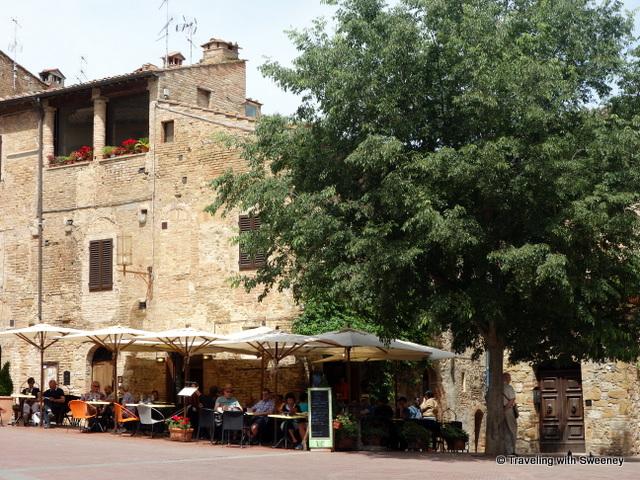 Caffè delle Erbe on Piazza delle Erbe, San Gimignano