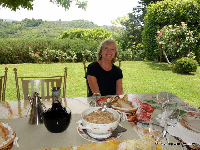 Lunch on the hilltop at Casa Egle