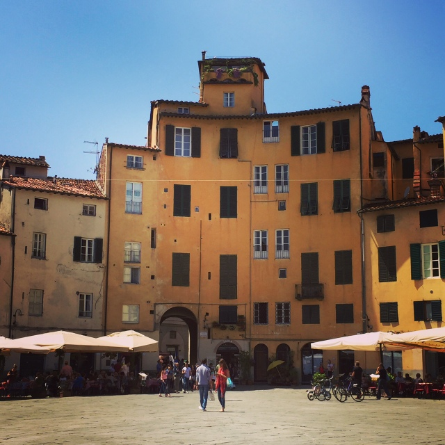 Afternoon on Piazza Anfiteatro in Lucca, Italy - Tuscany on Instagram
