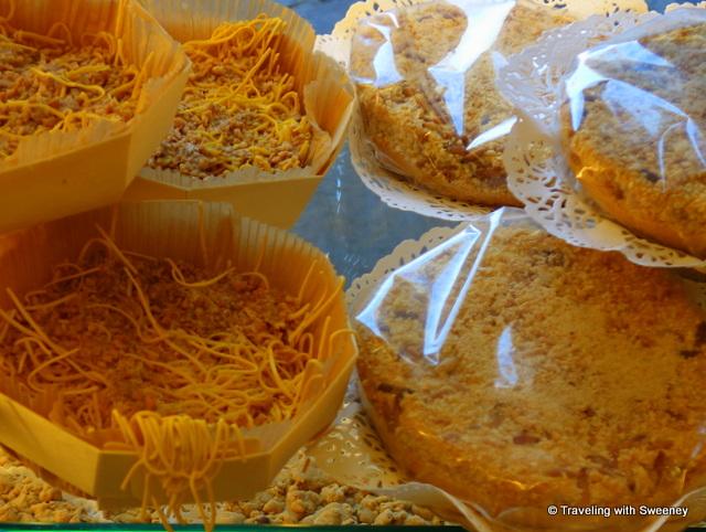 Torta di Tagliatelli and Torta Mantovana, traditional cakes of Mantua