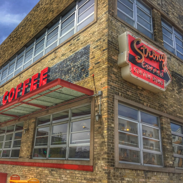Colectivo Coffee, Foundry location in the 5th Ward